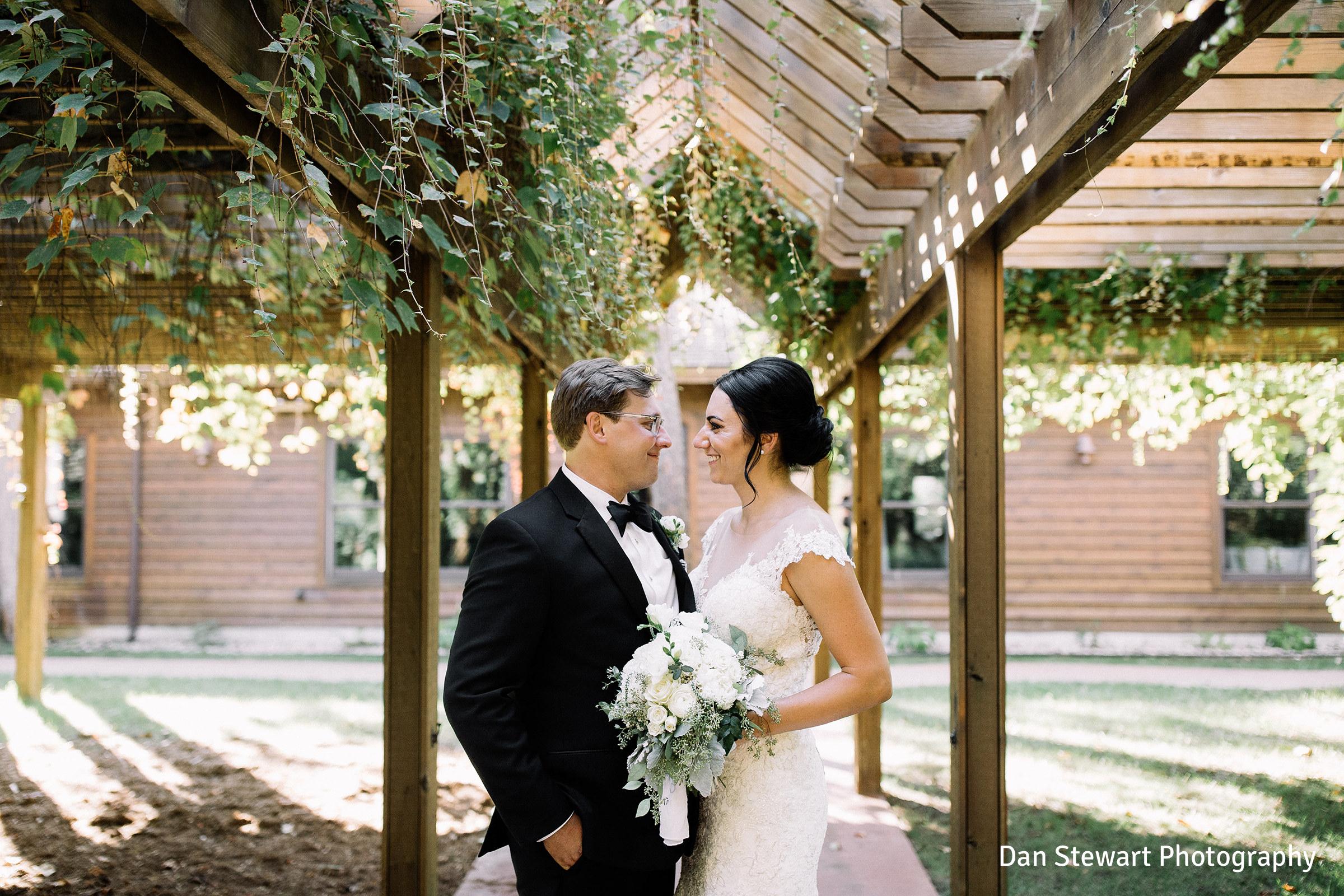 60 Non Traditional Wedding Vows: Wedding Ceremony & Reception Venue In Traverse City